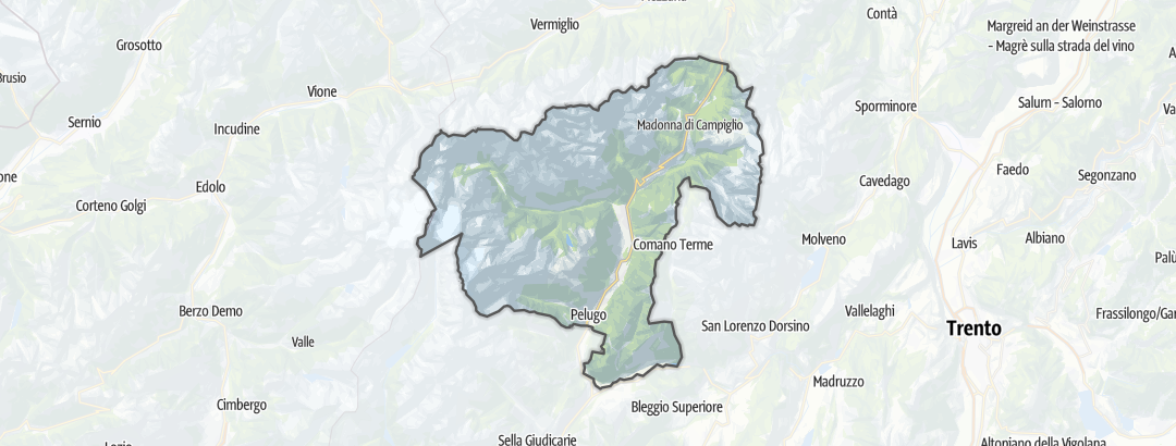 地图 / 在Madonna di Campiglio, Pinzolo, Val Rendena里的农庄