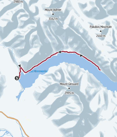 how to get to lake minnewanka from banff